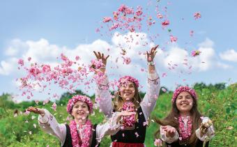 Празник на розата в Карлово и приветстване на Царица роза